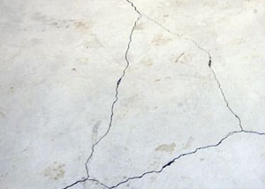 cracks in a slab floor consistent with slab heave in Brandenburg.