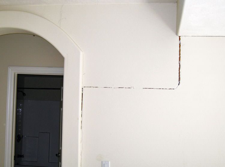 Drywall cracking due to foundation settlement in Huntingburg